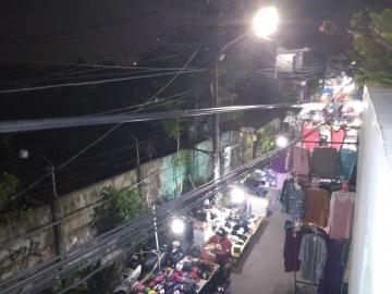 Pasar Malam di Petamburan Mengganggu